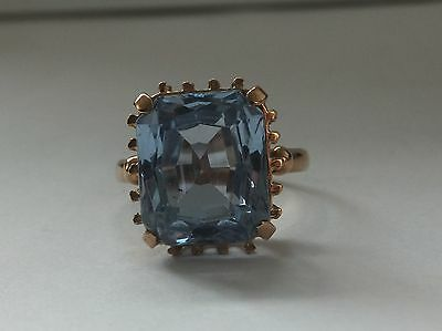 Vintage 10CT Emerald Cut Aquamarine Solitaire 18ct Yellow Gold Ring