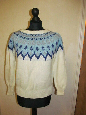 "Vintage 1970s Unisex Icelandic Jumper - Cream & Blue - 38"" Chest"