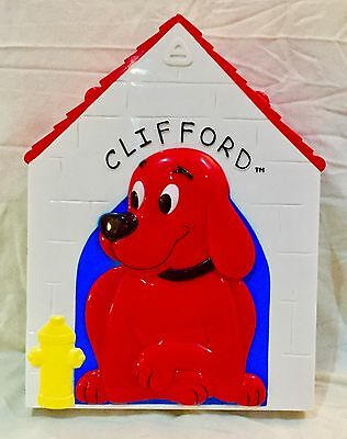 Scholastic Clifford The Big Red Dog House Case TV Character Figure Play Set Toy