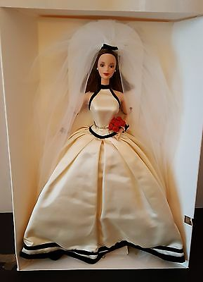 """Barbie """"Vera Wang"""" Bride Doll 19788 """"First In A Series"""" Collection 1998"""
