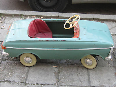 VERY RARE Old Vintage Russian Metal Pedal CAR MOSKVICH MOSKVITCH МОСКВИЧ 1978's