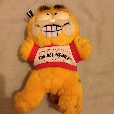 Garfield 'I'm All Heart' Soft Toy From Garfield  Ideal Gift Free Post