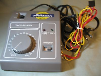 Athearn #sdk-789 Hobby Transformer, Input 120 Vac, Output 0-16 Vdc , Barely Used