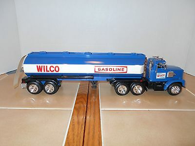 Wilco 1985 gas tanker bank,NEW OLD STOCK,MINT.