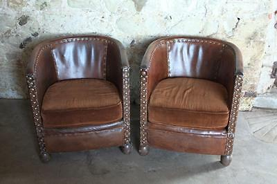 Immaculate Pair Of Compact Antique Chestnut Leather Aviator Club Chairs Vintage