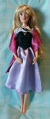 Disney Store Singing Sleeping Beauty Aurora Briar Rose Doll VHTF