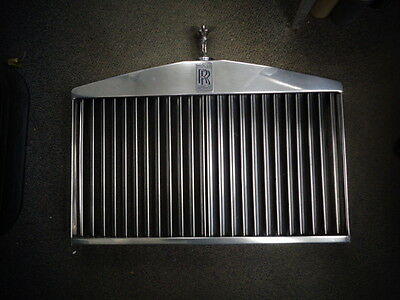 1985 Rolls Royce Silver Spur Grille with Flying Lady and Emblem