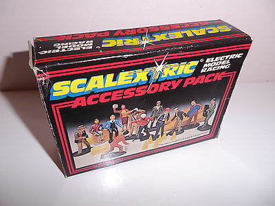 Vintage Scalextric C706 Accessory Pack Unpainted Figures Boxed Missing Oil Drums