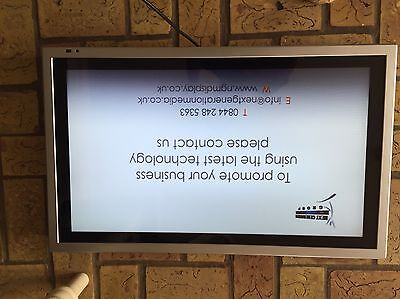"Advertising Display 32"" LCD"