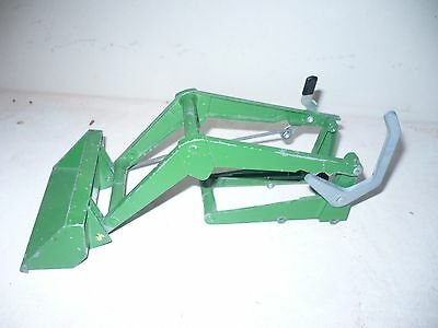VINTAGE JOHN DEERE 20 SERIES LOADER FOR A TRACTOR 1/16th 2 LEVERS NICE