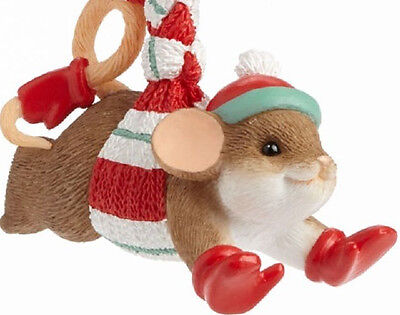 Charming Tails~The Thrill Of The Chill Mouse Ornament~4041169~Christmas Scarf