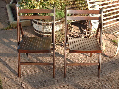 A Pair Of  Vintage  Shabby  / Rustic  Folding  Chairs