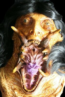 VAMPIRE CORPSE Lifesize Extreme Detail High Quality Haunted House Halloween Prop