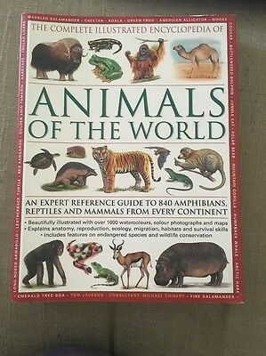 Complete Illustrated Encyclopaedia of Animals of the World