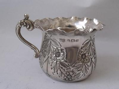 Dainty Antique Hand-Embossed Solid Sterling Silver Cream Jug 1903/ H 4 cm