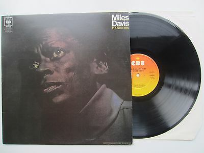 MILES DAVIS ~ In a Silent Way ~ MID 1970s UK RE-ISSUE ~ CBS ~ S 63630 ~ NR MINT