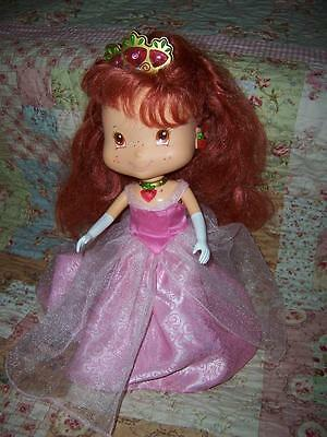 Strawberry Shortcake Princess Doll Berry Magical Light Up Necklace Crown Bandai