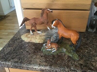 Two Sherratt And Simpson Fab Horse Figures