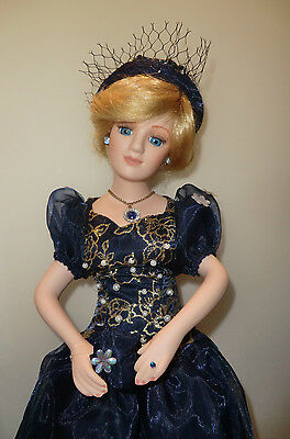1980'S PRINCESS DIANA PORCELAIN DOLL BOX & CERT ( Made by Janus in Germany )