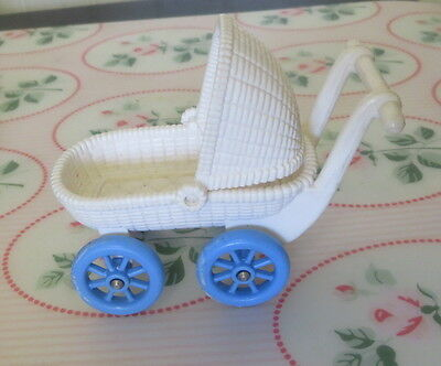 Fisher Price Loving Family Dollhouse My First Dollhouse BABY BUGGY Blue Wheels