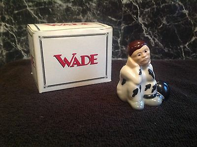 Wade Prisoner With Box.