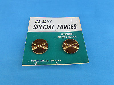 Obsolete 1965 Us Special Forces Enlisted Uniform Collar Brass Sf Rvn Vietnamese
