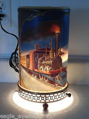 Beautiful Vintage 1956 Econolite John Bull & General Train Motion Lamp Light
