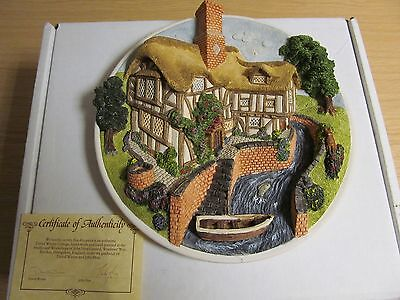 "David Winter Cottages Plate ""On The River Bank"" COA"