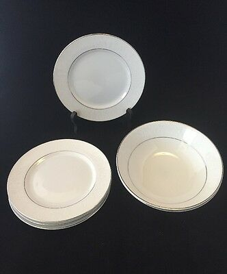 6-piece Set Bowls and Plates in Lovelace by Crown Victoria