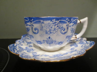 Early The PARAGON China  DUO / Cup & Saucer - Blue & White scallop edge GC
