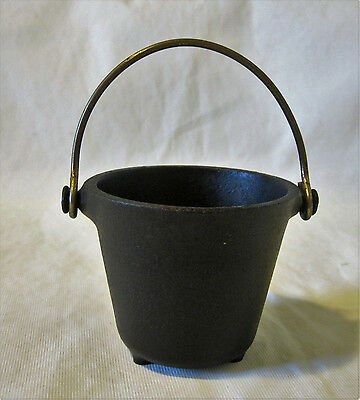 Griswold Cast Iron 773 Smoke Pot Miniature Ashtray
