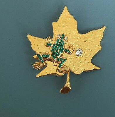 Vintage Lovely Green Crystal Frog On Leaf Brooch