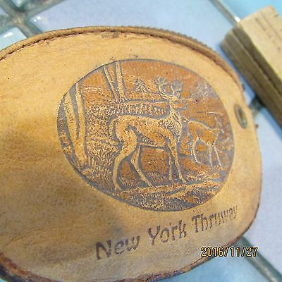 Vintage leather New York Thruway souvenir Native American zipper coin purse