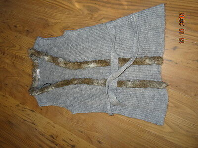 GIRLS H&M GREY KNITTED WAISTCOAT WITH FAUX FUR TRIM age 14 years IN VGC