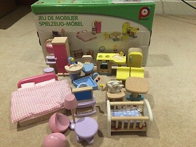 Pintoy Wooden Furniture Pack For Dolls House