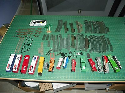 Vintage HO Scale Electric Train Set - Used