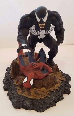 Amazing Spider-man vs Venom #316 Diorama DYNAMIC FORCES STATUE McFarlane MARVEL
