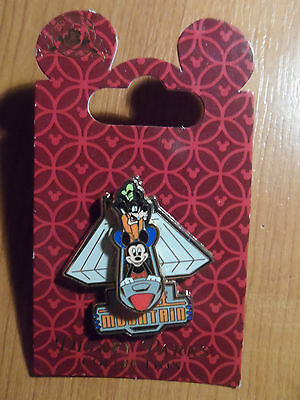 """Space Mountain """"Slider"""" Disney Trading Pin - BRAND NEW on card!!"""