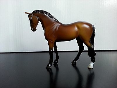 Breyer Stablemate G3 Standing Thoroughbred Bay Horse 2006-2008