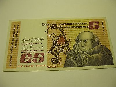 1987__Ireland Republic 5 Pounds Note__Circulated