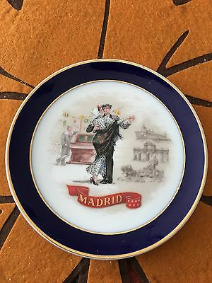 """Beautiful Collectible 4-3/4"""" Gold Trimmed Souvenir Plate From Madrid Spain"""
