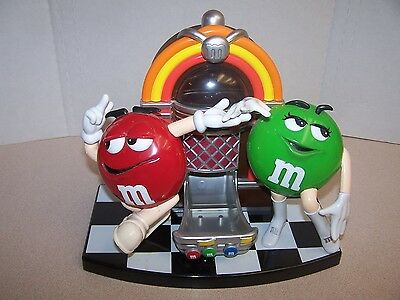 M & M 's Candy Dispenser  Rock & Roll Cafe  Jukebox Collectible