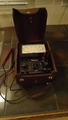 SIMPSON MODEL 260 SERIES 7 VOLT OHM METER electrical testing equipment with case