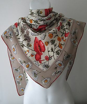 A Stunning Vintage Floral Silk Scarf Rolled edge (4468X)