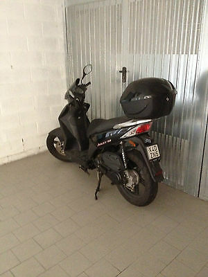 "Scooter Agility 50 16""£ Nero"