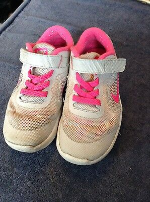 girls nike trainers, size 8.5
