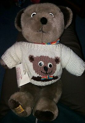 merrythought brown jed teddy bear hand knitted jumper