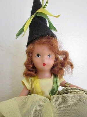 Excellent c1940 Bisque Nancy Ann Doll  A JANUARY MERRY MAID FOR NEW YEAR Tagged
