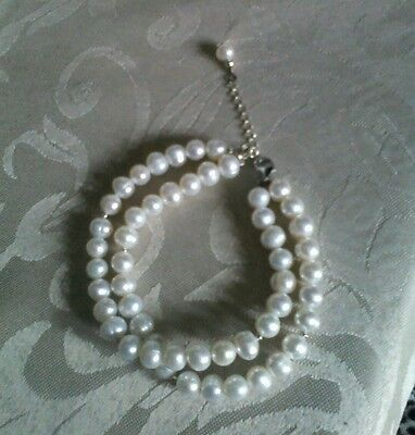** Beautiful Freshwater Pearl And Hallmarked Sterling Silver Bracelet