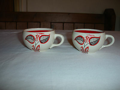 WADE CUPS   2 x Vintage Red Interior with Leaf Design